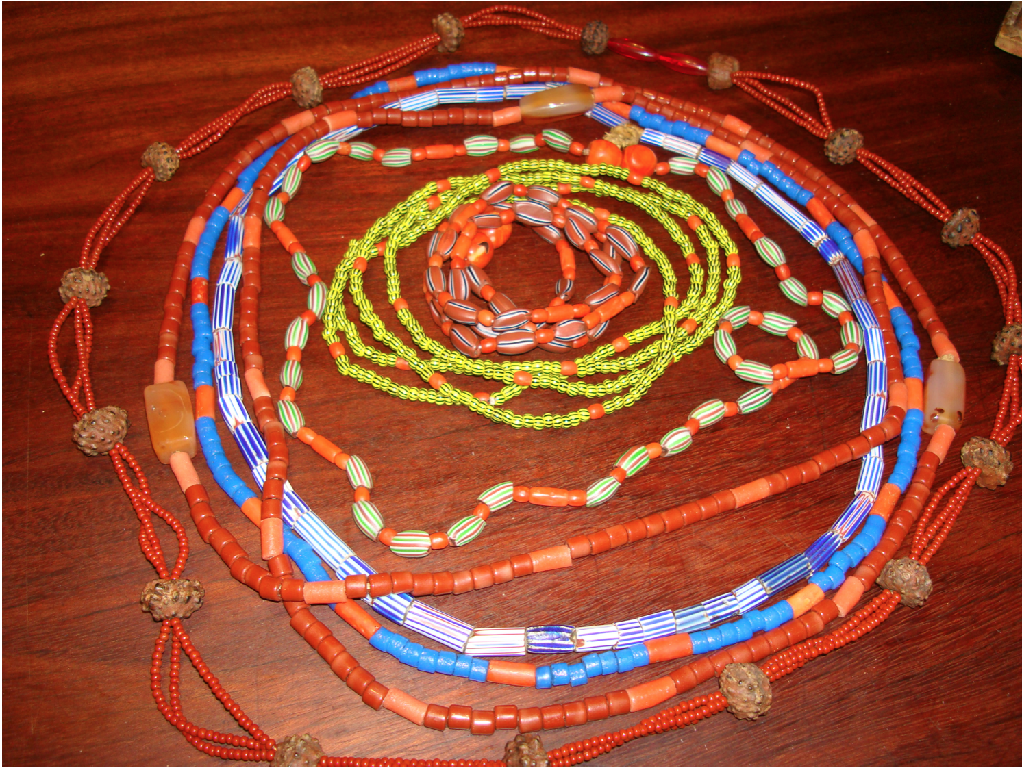 Fio de conta beads on string